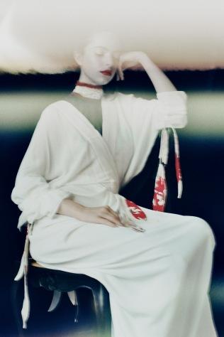 blurry_beauty_12_film